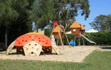 camping la pineda de salou (tarragona). official website - best price.